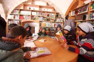Gaza-Bibliothèque AlKhidr, lecture-1