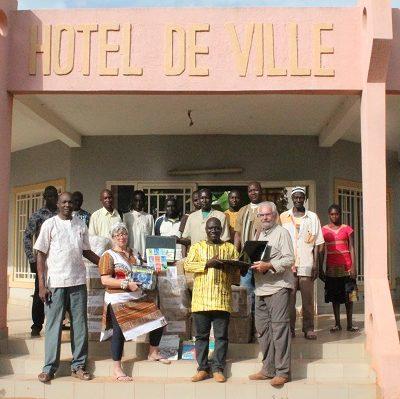 Réception de livres_à_Bama-Burkina Faso-2018