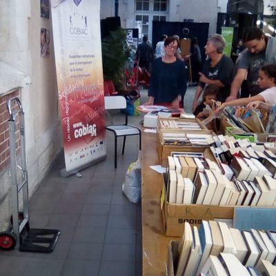 Vente de livres à la bibliothèque Méjanes, Aix-en-Provence, octobre 2019