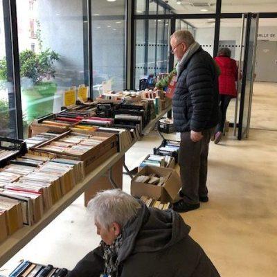 Vente de livres à Sorgues, Vaucluse en 2019