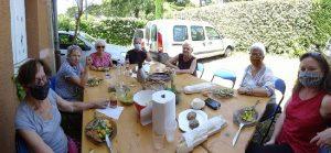 Repas partagé lors du rendez-vous mensuel COBIAC
