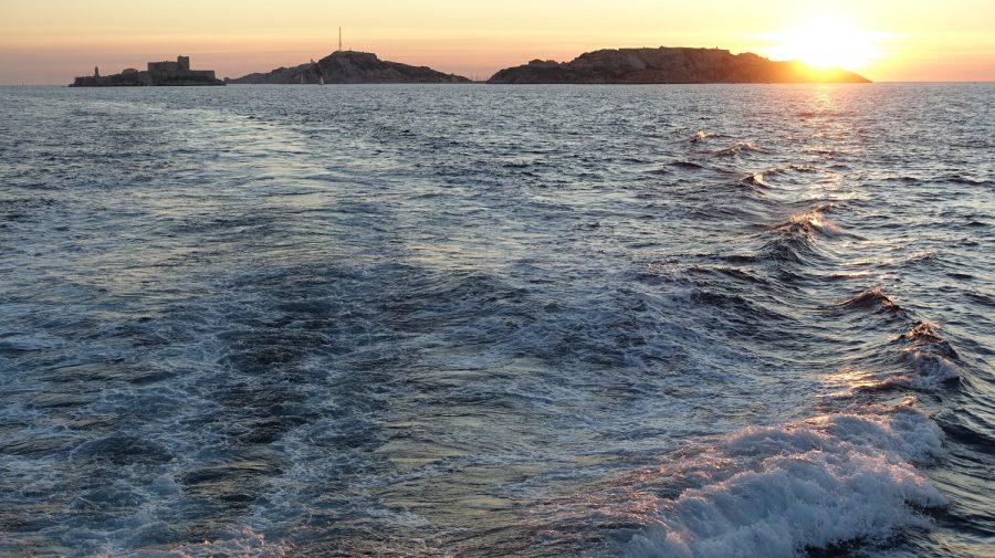 Balades maritimes et littéraires Sud 17-10-2020 - Soleil couchant sur les îles du Frioul