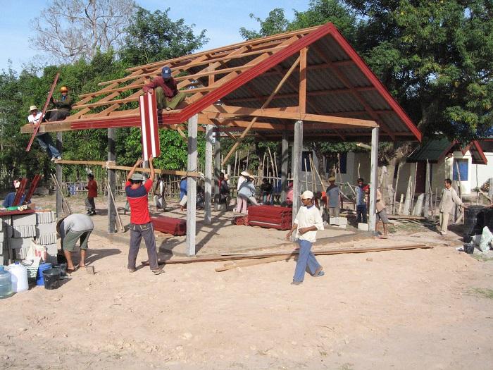 Construction Laos 2006 - ossature-charpente